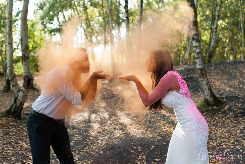 poudre holi mariage